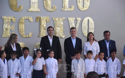 <p>Macri inaugur&oacute; dos escuelas en Bella Vista &nbsp;</p>