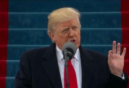 <p>Trump oficializ&oacute; su pol&eacute;mico plan para armar a los profesores&nbsp;</p>