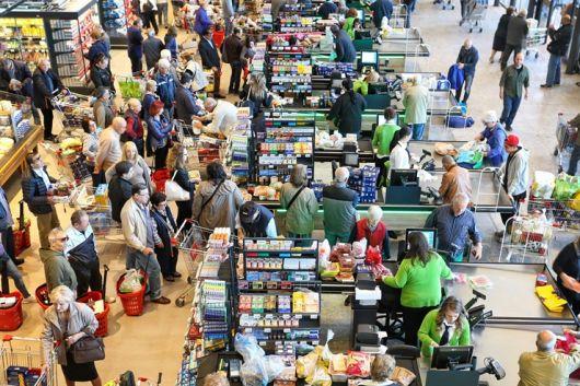 <p>La silenciosa crisis de los supermercados&nbsp;</p>