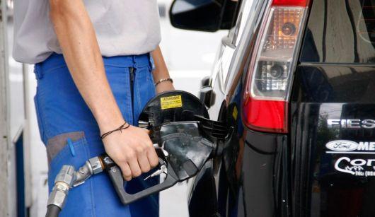 <p>El gasoil aumentó casi un 2,5%</p>