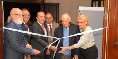 <p>El Senado recibe al Mercado de Arte Corrientes&nbsp;</p>
