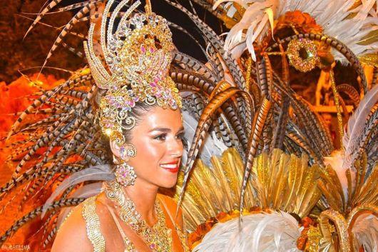 <p>Con 40 reinas en la pasarela Orfeo sigue celebrando sus 60 aniversario</p>  <p></p>