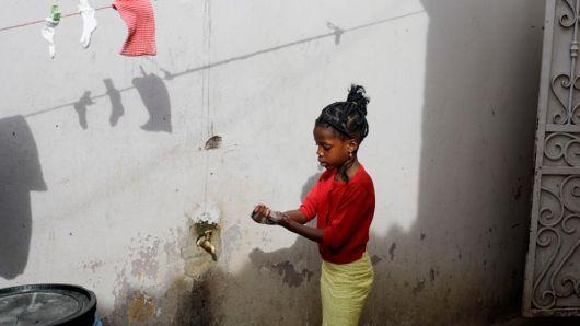 """<p>OMS pide a África """"prepararse para lo peor""""</p>"""
