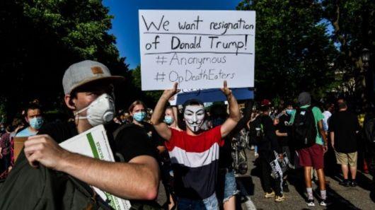 <p>EEUU: claves para entender el caos y a quienes ponen a prueba el poder de Trump</p>