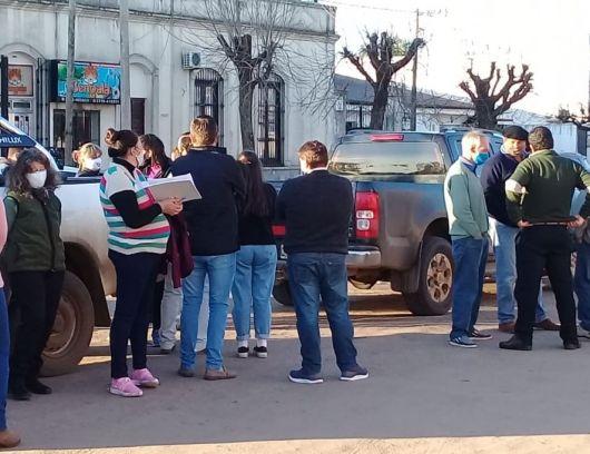 <p>Productores y vecinos marcharon en caravana pidiendo más seguridad</p>