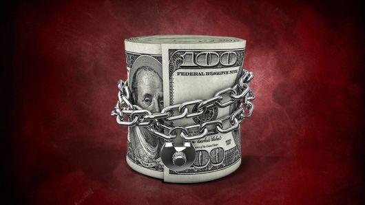 """<p>El Gobierno da señales de que, aun después del canje, el """"cepo"""" al dólar tendrá una larga vida</p>"""
