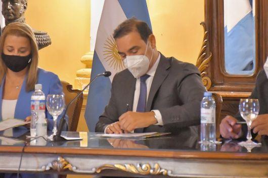 Valdés presentó la especialización superior en Género y Violencia