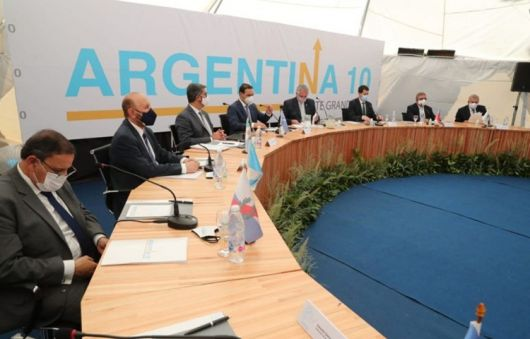 Corrientes presenta su propuesta para tener energía más barata