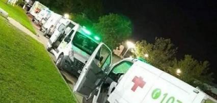 La batalla contra el covid - 19 no termina, así llegan a diario las ambulancias al Hospital de Campaña