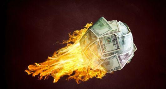 """El dólar blue avanza """"rápido y furioso"""": qué espera el mercado que pase con el paralelo en mayo"""