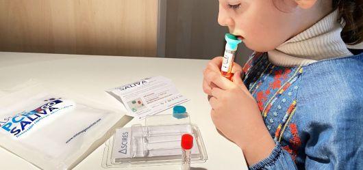 Corrientes analiza reemplazar los hisopados por test de saliva