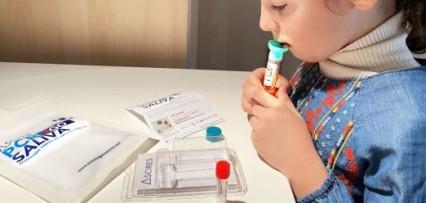 <p>Corrientes analiza reemplazar los hisopados por test de saliva</p>